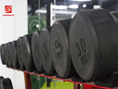北京练尚国际健身教育训练中心 举重