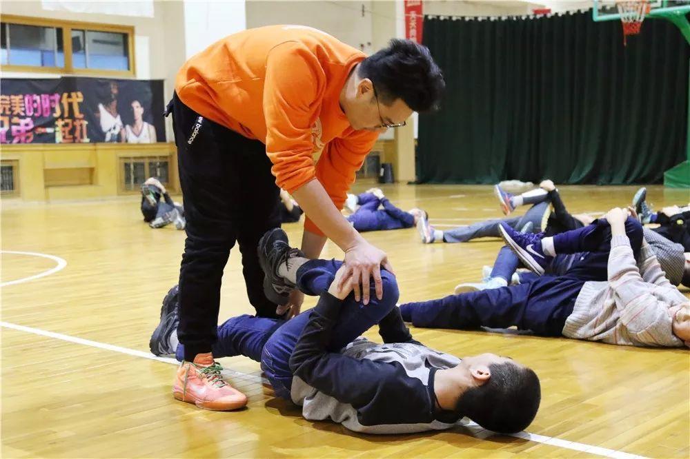 北京天天尚翔青少年篮球训练营 房山训练场地