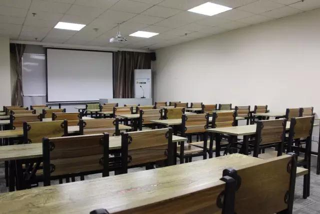 贵州新西南教育