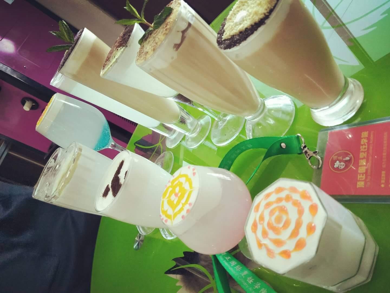 奶茶技术培训中心想学奶茶技术的朋友就来贵阳诚飞