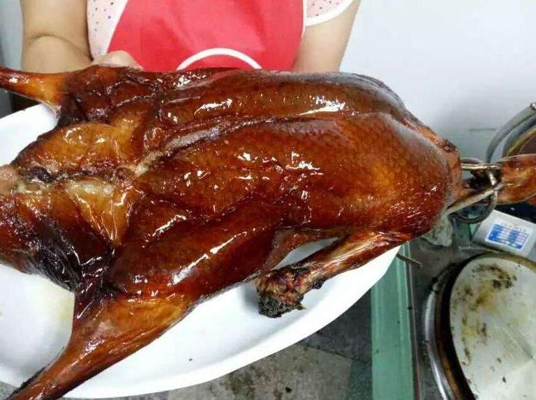 正宗脆皮烤鸭培训脆皮烤鸭的做法及配方转让