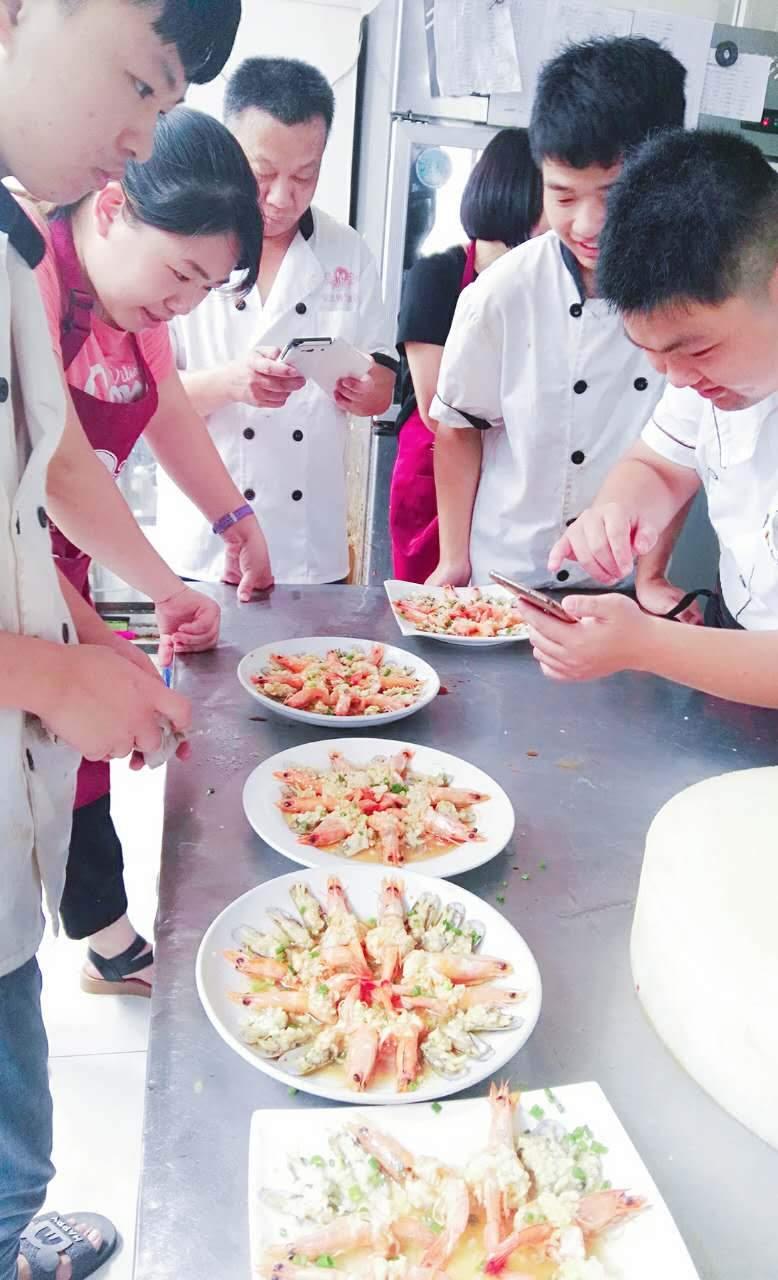 泉州厨师培训学校收费怎样