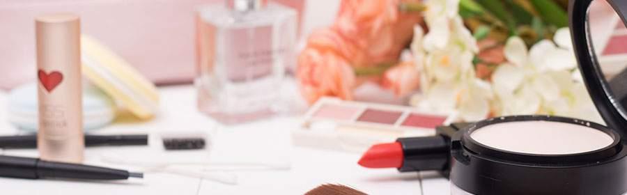 化妆学校怎么挑选