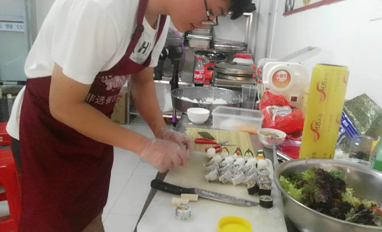学寿司,泉州哪里培训日式小吃