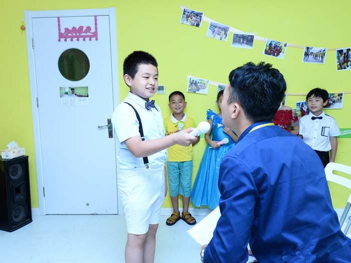 北京4至15岁小主持人少儿口才训练