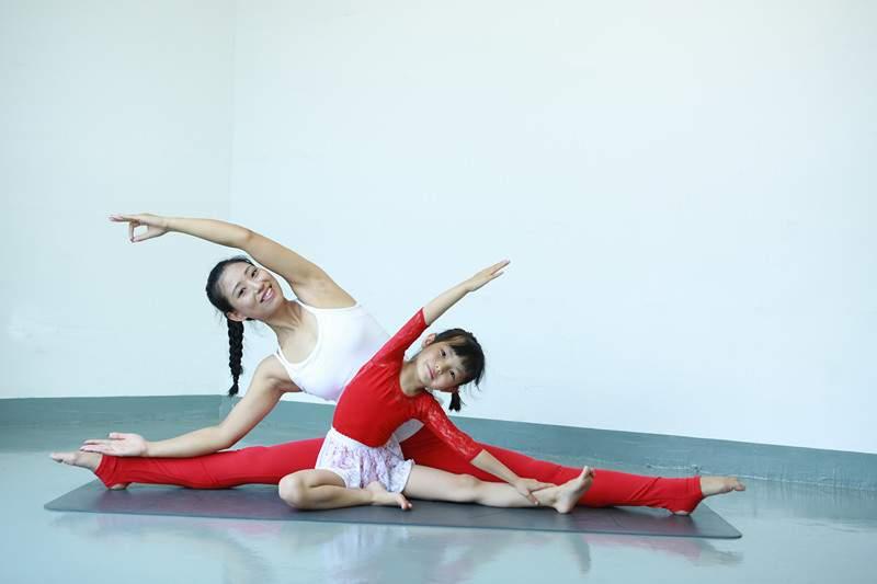 亲子双人瑜伽导师培训班