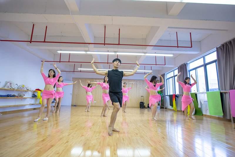 东方舞教练培训班