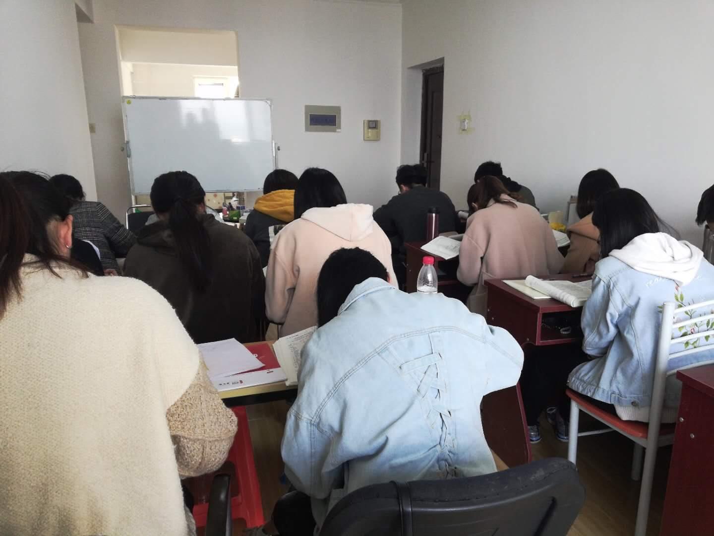 秦皇岛小麻教育培训学校