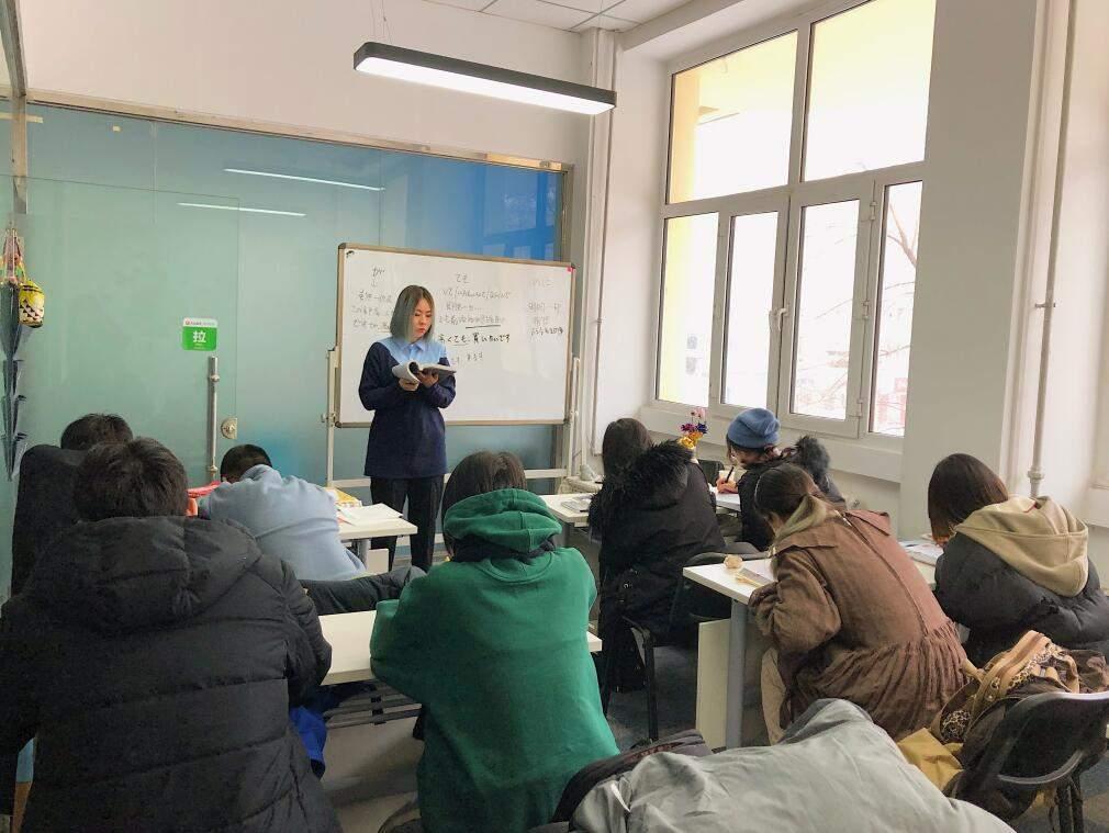 莱特外语学校环境