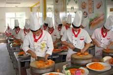 厨师专修班(半年学成)