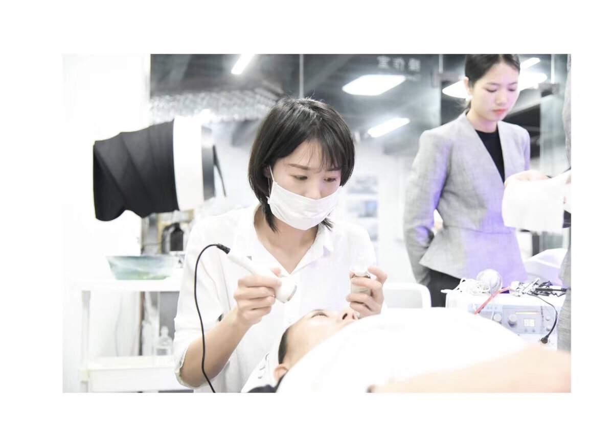高级皮肤管理全能班