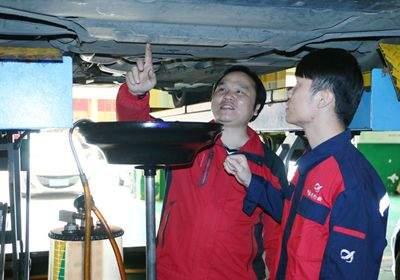 南宁汽车美容快修高级技师班