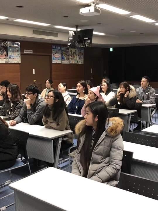 期日语初级、中级班